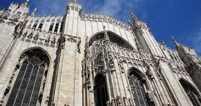The Milan Cathedral and Royal Palace are among the main points of interest in the Centre of Milan